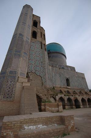 050425 3351 Uzbekistan - Samarkand - Bibi Honim Mosque _D _E _H _N ~E ~P