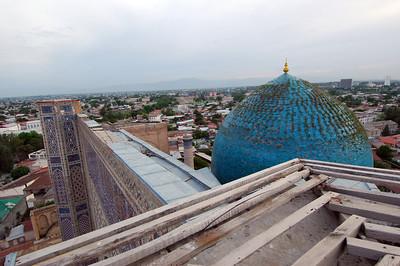050425 3378 Uzbekistan - Samarkand - Bibi Honim Mosque _D _E _H _N ~E ~L