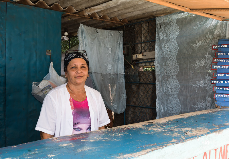 Friendly lady at a road stand, outside of Baracoa