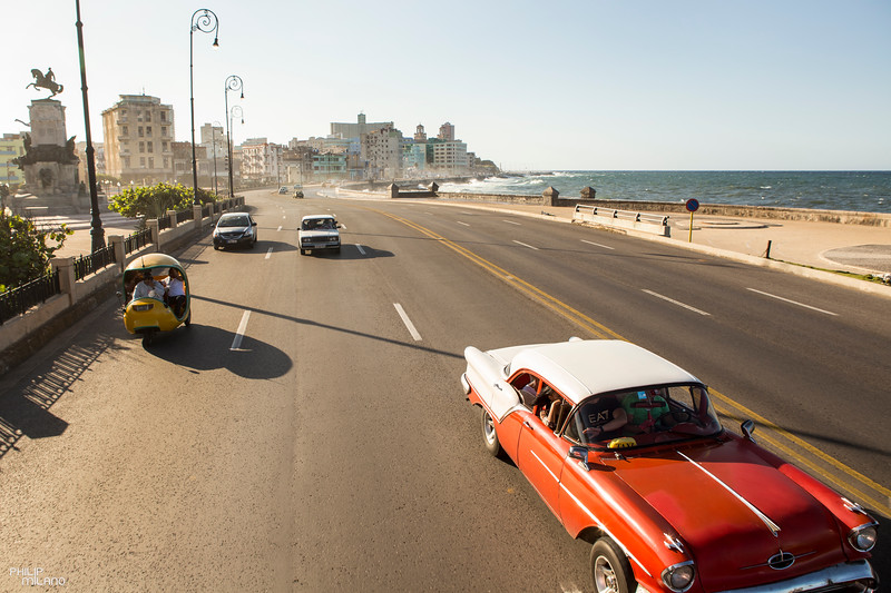 Cruising along the Malecon