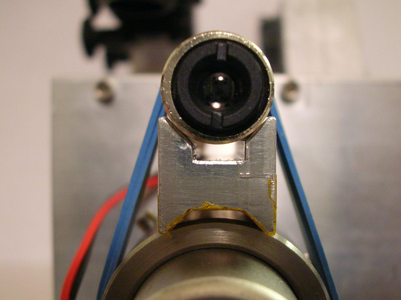 Front view of the Diode laser and V-block, used to calibrate the drive axis to the Red Dot Finder.