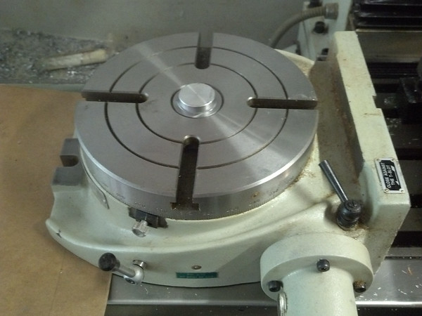 Rotary Table with alignment slug