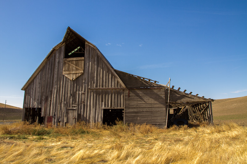 Autumn Barn ~ Whitman COunty, Washington