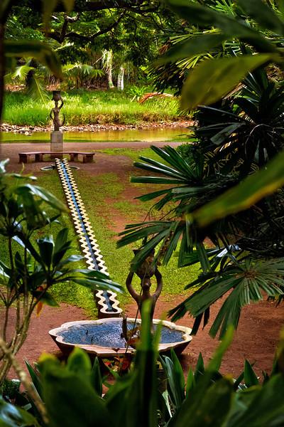 Kauai: Mermaid Fountain, Allerton Garden (NTBG)