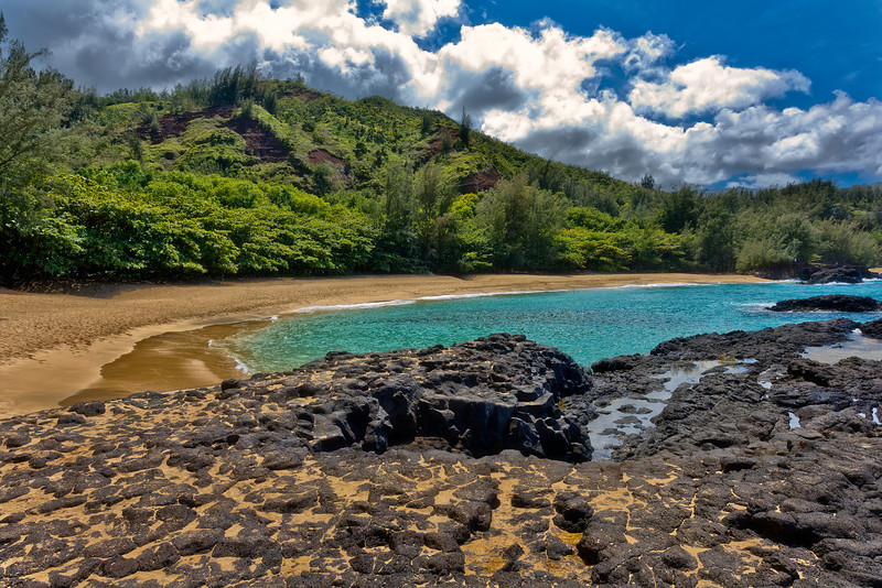 Kauai: secluded beach