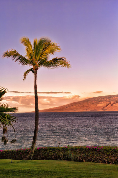 Maui:  Sunset on Ka'anapali Beach.  Molokai in the distance.