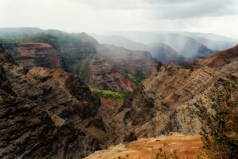 Kauai: View of Waimea Canyon.
