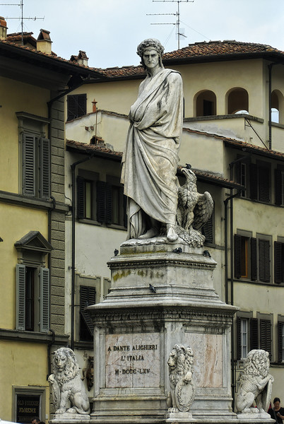 Dante Statue in Florence Italy