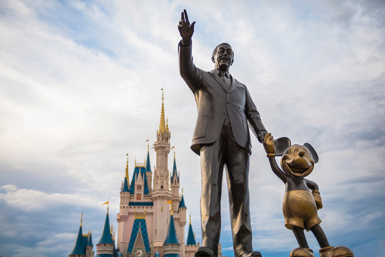 """""""Reach for the Sky"""" - Partners Statue, Magic Kingdom - Walt Disney World   Recommended Print sizes*:  4x6  