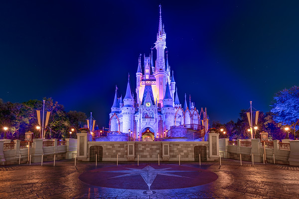 Yesterdays image got almost 500 likes. Thanks you. Here is another one castle image from the night before while closing the MK
