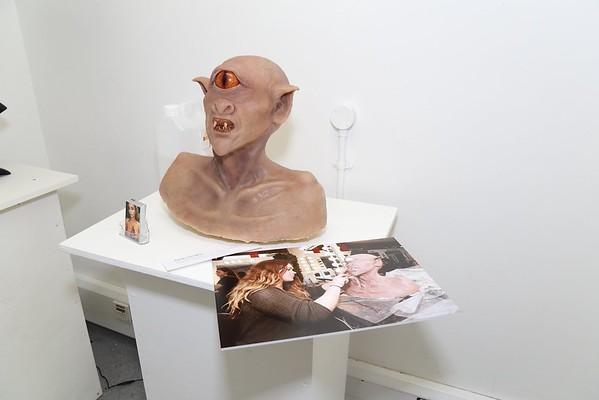 es-exhibition-001.JPG