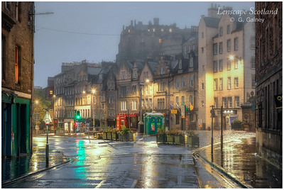 Edinburgh Castle and Grassmarket from Cowgatehead (4)