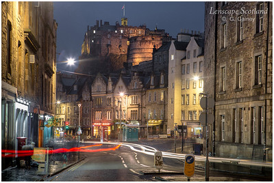 Edinburgh Castle and Grassmarket from Cowgatehead (3)
