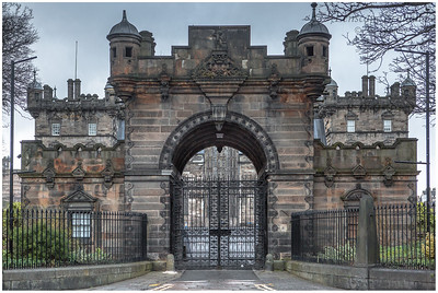 George Heriot's School archway entrance, Lauriston Place (1)
