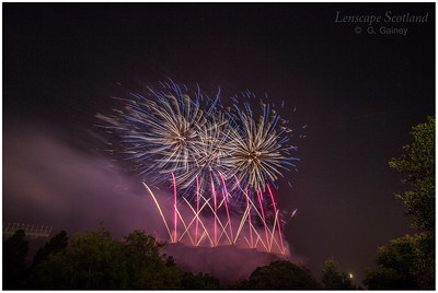 Fireworks over Edinburgh Castle from Princes Street Gardens (12)
