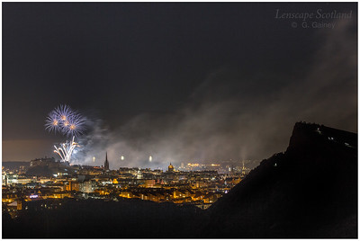 Fireworks over Edinburgh Castle from Holyrood Park (8)