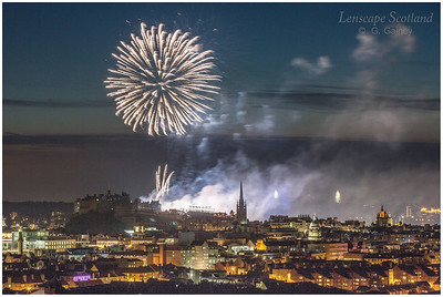 Fireworks over Edinburgh Castle from Holyrood Park (5)