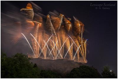Fireworks over Edinburgh Castle from Princes Street Gardens (8)