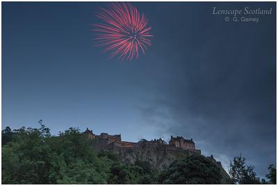 Fireworks over Edinburgh Castle from Princes Street Gardens (2)