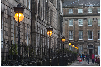 Illuminated lamps in Drummond Place (1)