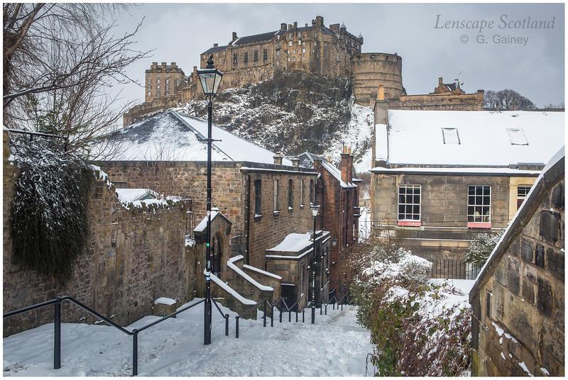 Edinburgh Castle from Vennel