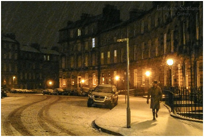 Drummond Place - heading home through the snow