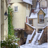 White Horse Close, Canongate