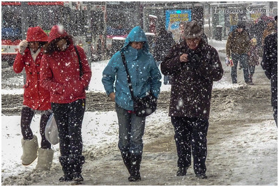 walking in the snow, Princes Street
