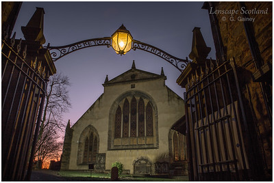 Greyfriars Churchyard entrance archway and lamp