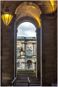Old College archway and lamps (2)