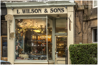 Wilson Shoe Repairs, Royston Terrace, Goldenacre (1)