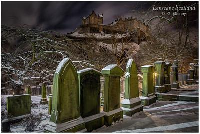 Edinburgh Castle from Saint Cuthbert's graveyard (1)