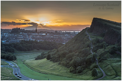 Sunset over Edinburgh Castle and Salisbury Crags (1)
