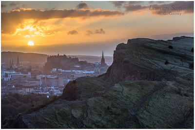 Sunset over Edinburgh Castle and Salisbury Crags (4)