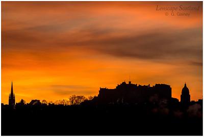 Winter sunrise over Edinburgh Castle from Craigleith (2)