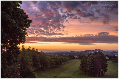 Dawn at Corstorphine Hill, looking towards central Edinburgh