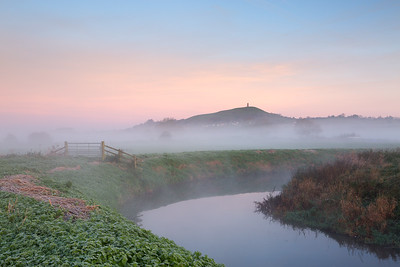 GLASTONBURY MIST