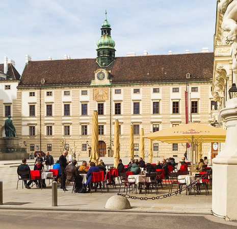 Patio dining in Vienna