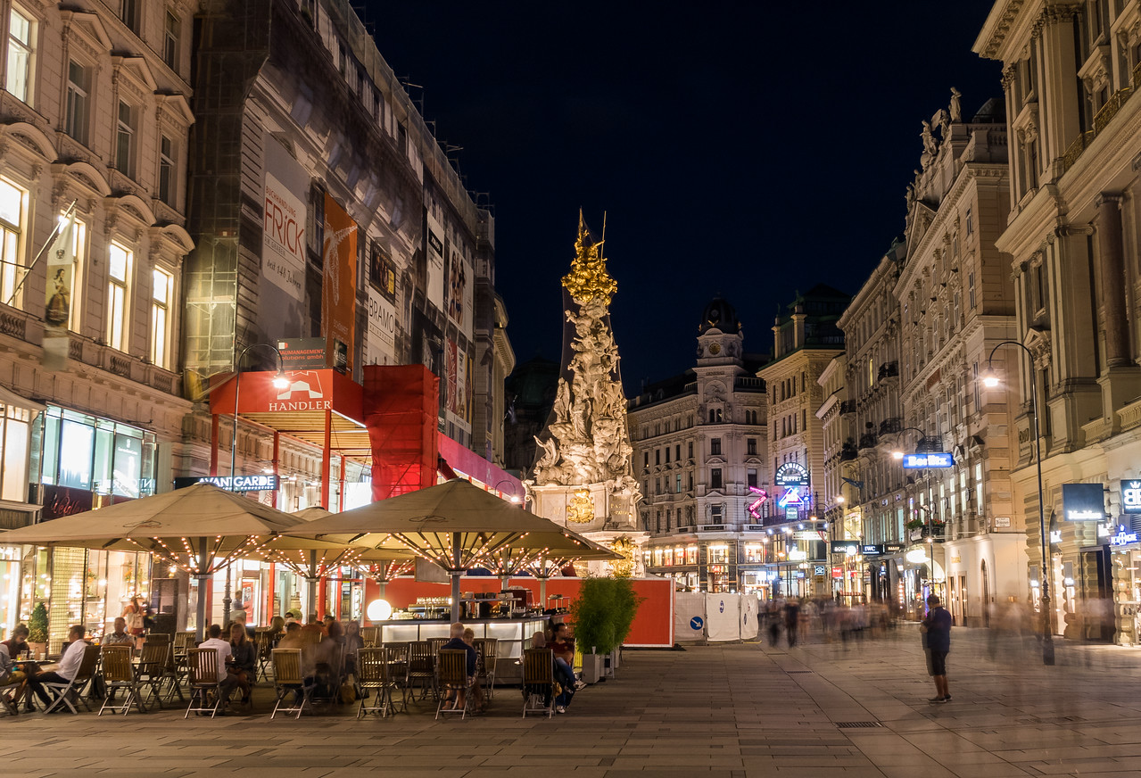 Graben in Vienna at n night