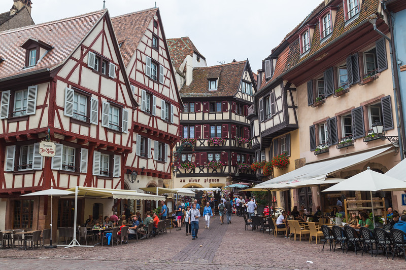 Restaurants and buildings in Colmar