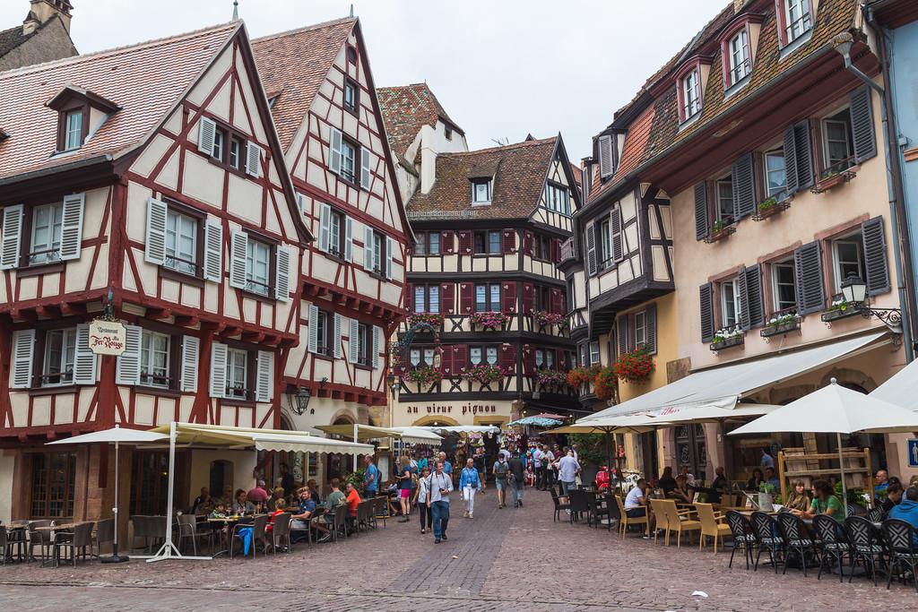 Restaurants and buildings in Colmar