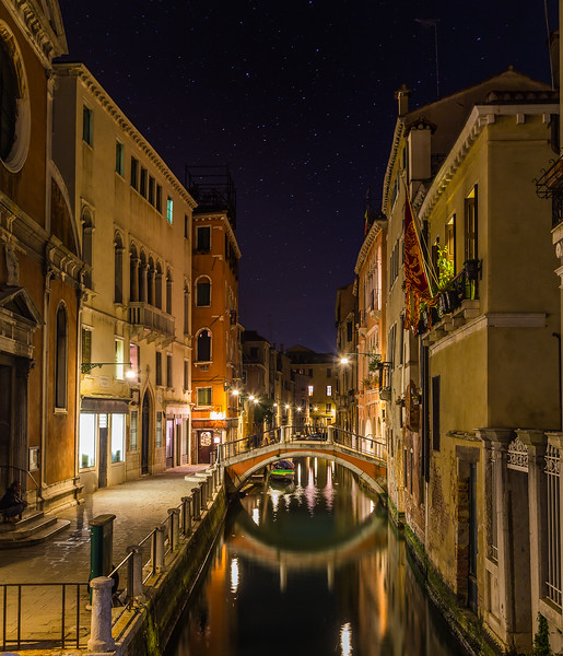 Streets, Bridges and Buildings in Venice at Night