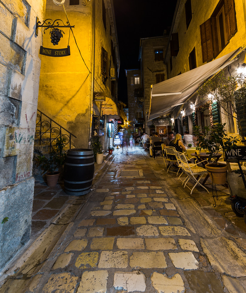 Streets and restaurants in Kotor at Night
