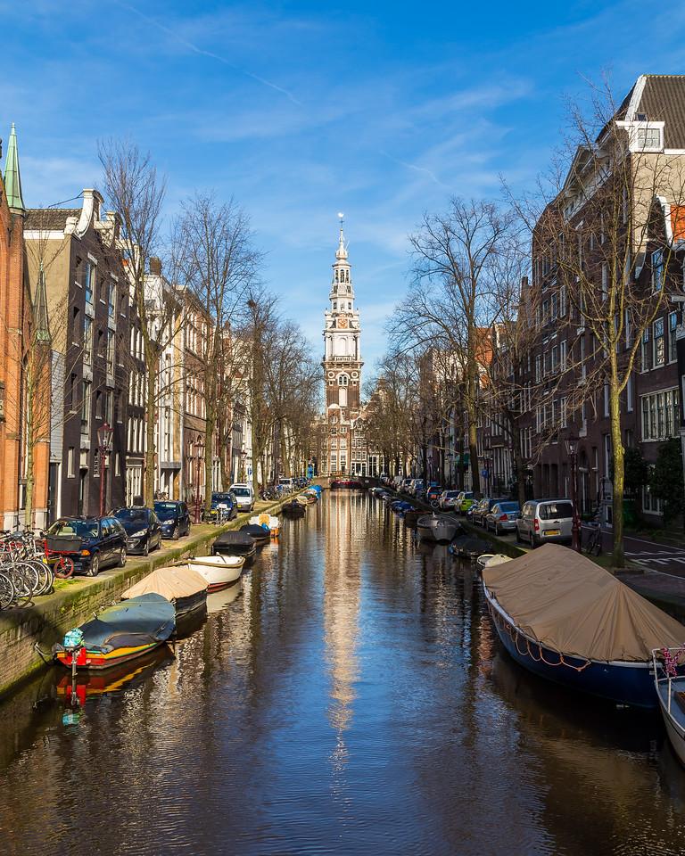 Groenbuigwal canal towards the Zuiderkerk church