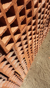 Clay Bricks, Palme, Portugal