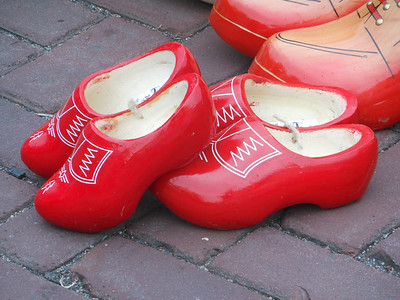 Wooden shoes, Barneveld market