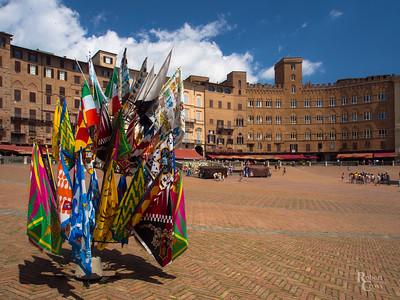Bandiere di Siena