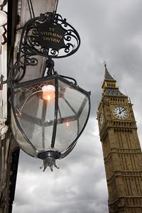 The Big Ben from the Stephen Tavern (London, U.K.)