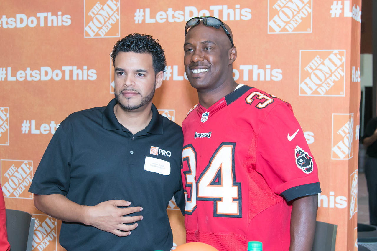_MG_4208May 28, 2015home_depot_pro_Tampa_Stephaniellenphotography com