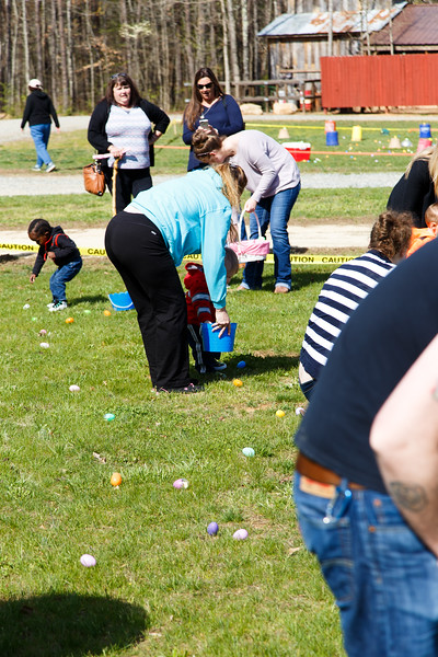 Easter Egg Hunt-097